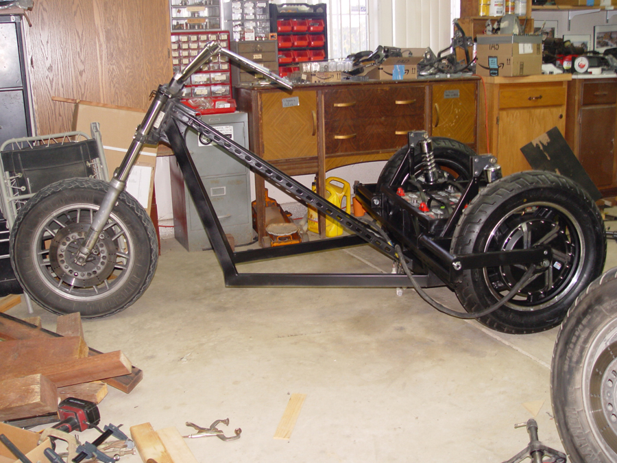 Chopper trike mid construction