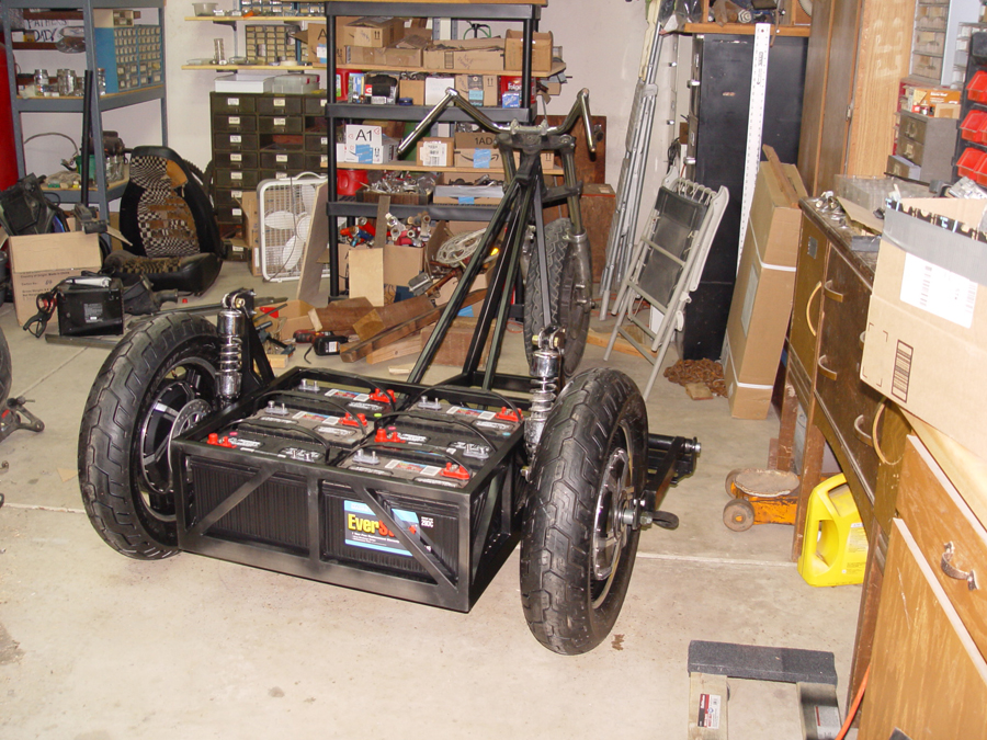 Electric trike mid construction